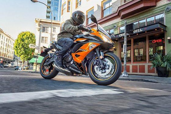 گواهینامه برای موتورسیکلت